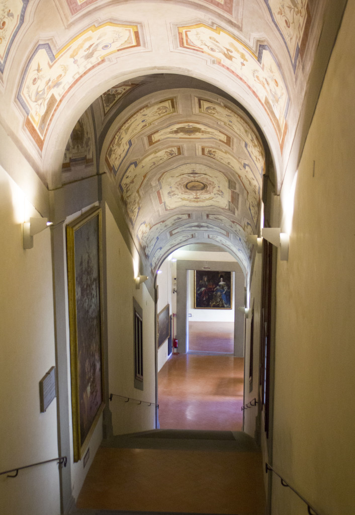 entering the vasari corridor